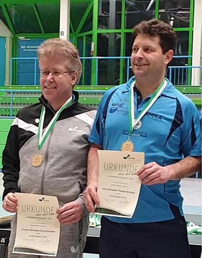 Thomas Bröxkes (links) und Jörg Schneider gewannen die Doppel-Konkurrenz (Foto: privat)